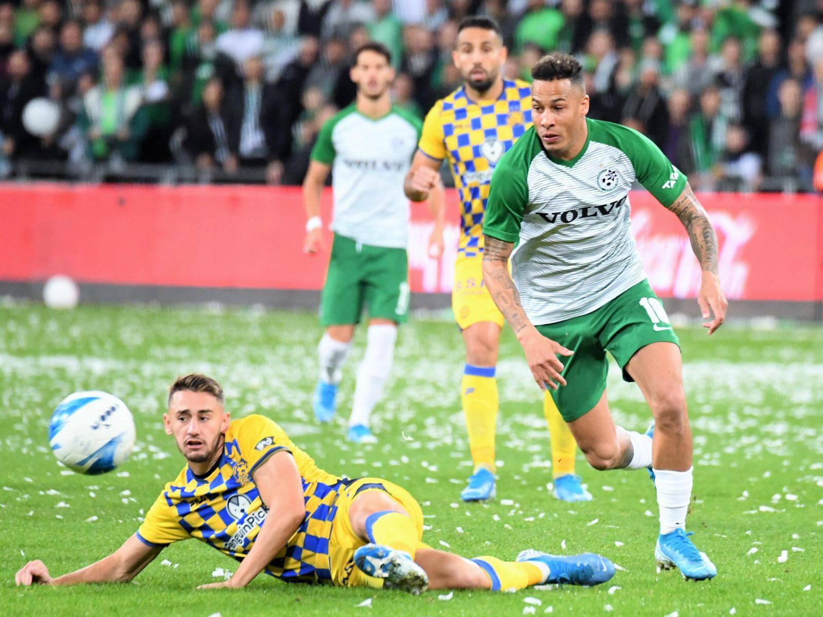 Maccabi lost 3:4 to M. Tel Aviv