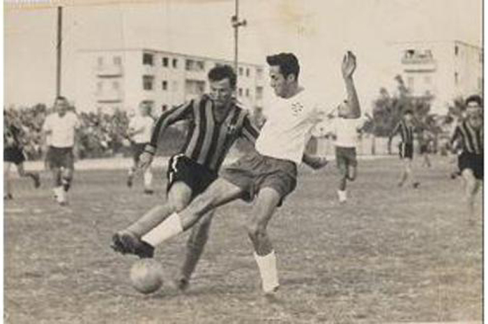 מריכנים ראש עם מותו של שחקן העבר, משה אביבי