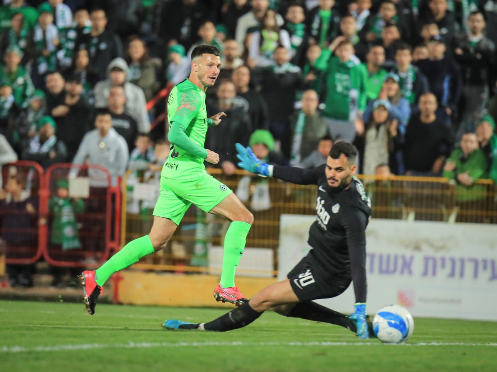 Maccabi beats Ashdod 1:2