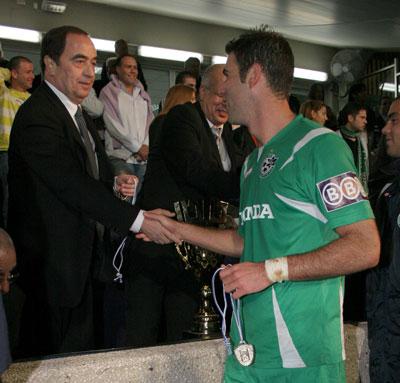 """מתי יהיה אצטדיון חדש בחיפה ? קינן ובריקמן, יור מועצת ההימורים. צילום: יוסי שקל"""""""